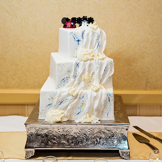 Wedding cake wednesday star wars galaxy inspiration disney wedding cake wednesday star wars galaxy inspiration disney weddings disney weddings junglespirit Images