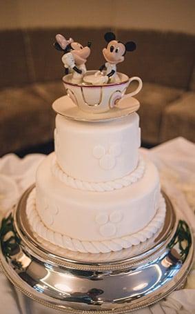 Disney Wedding Cakes Gallery | Disney\'s Fairy Tale Weddings