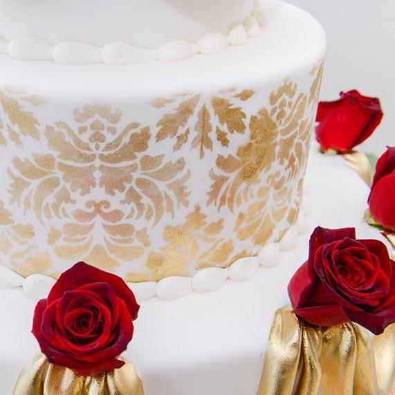 Wedding Cake Wednesday: Beauty and the Beast Roses | Disney Weddings