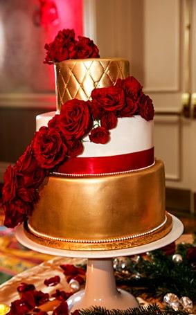 Wedding Cake Wednesday: Gold Sophisticated Glamour   Disney Weddings