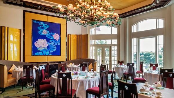 Dining Restaurants Hong Kong Disneyland Hotel Hong Kong